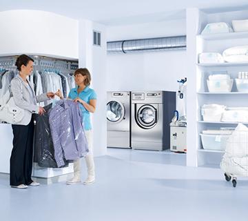Waschmaschine in Reinigungssalon