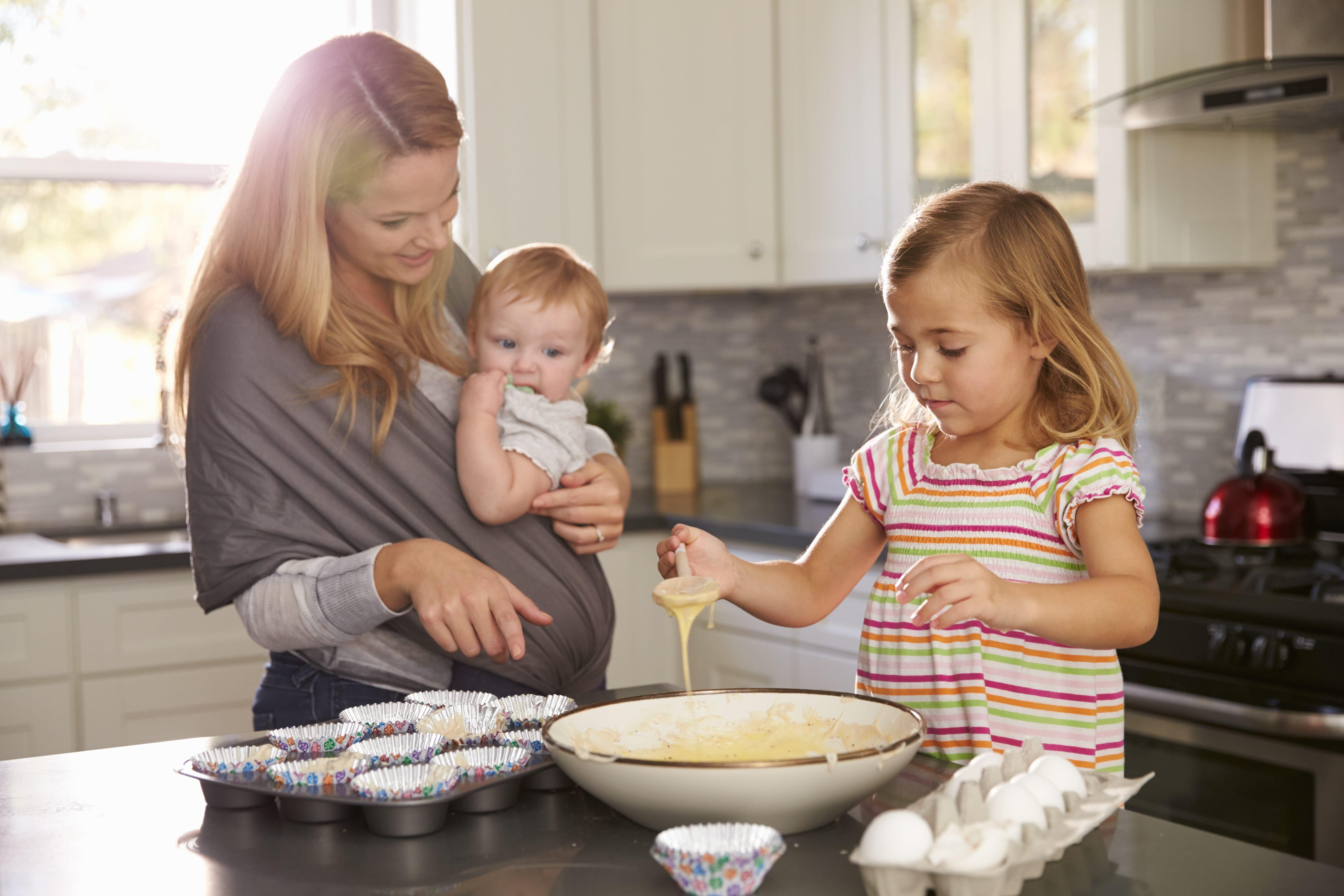 Küche kindersicher machen - 5 notwendige Maßnahmen | Elha Service
