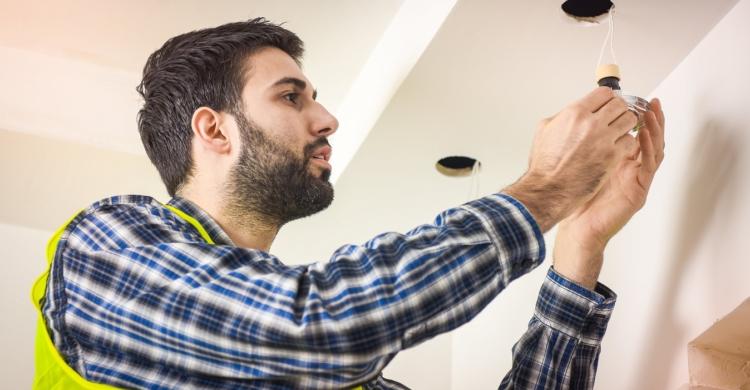 Neue Küchenleuchten für Ihre Küchen - das ist bei der Renovierung zu beachten