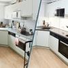 Vorher Nachher Bild von einer neugestalteten Eckküche