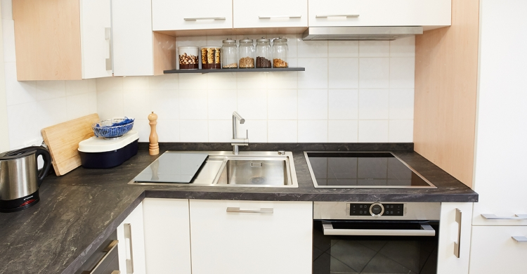 Küche erschönern - neue Küchenfronten & Spülbecken