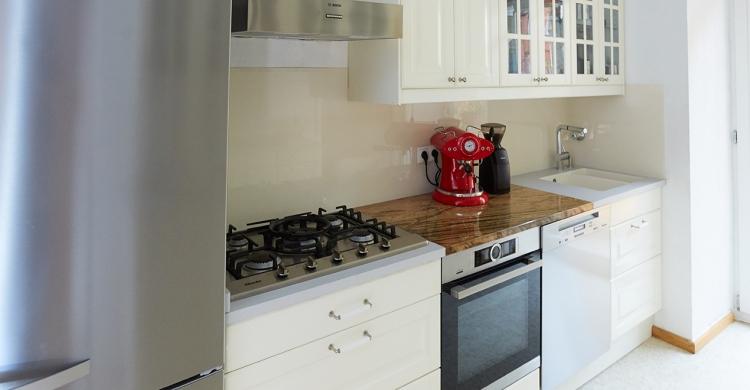 Neue Küchenelemente wie Backofen & Gaskochfeld