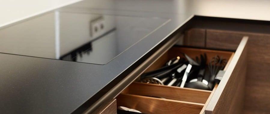 Moderne Küche mit Holz - elha service