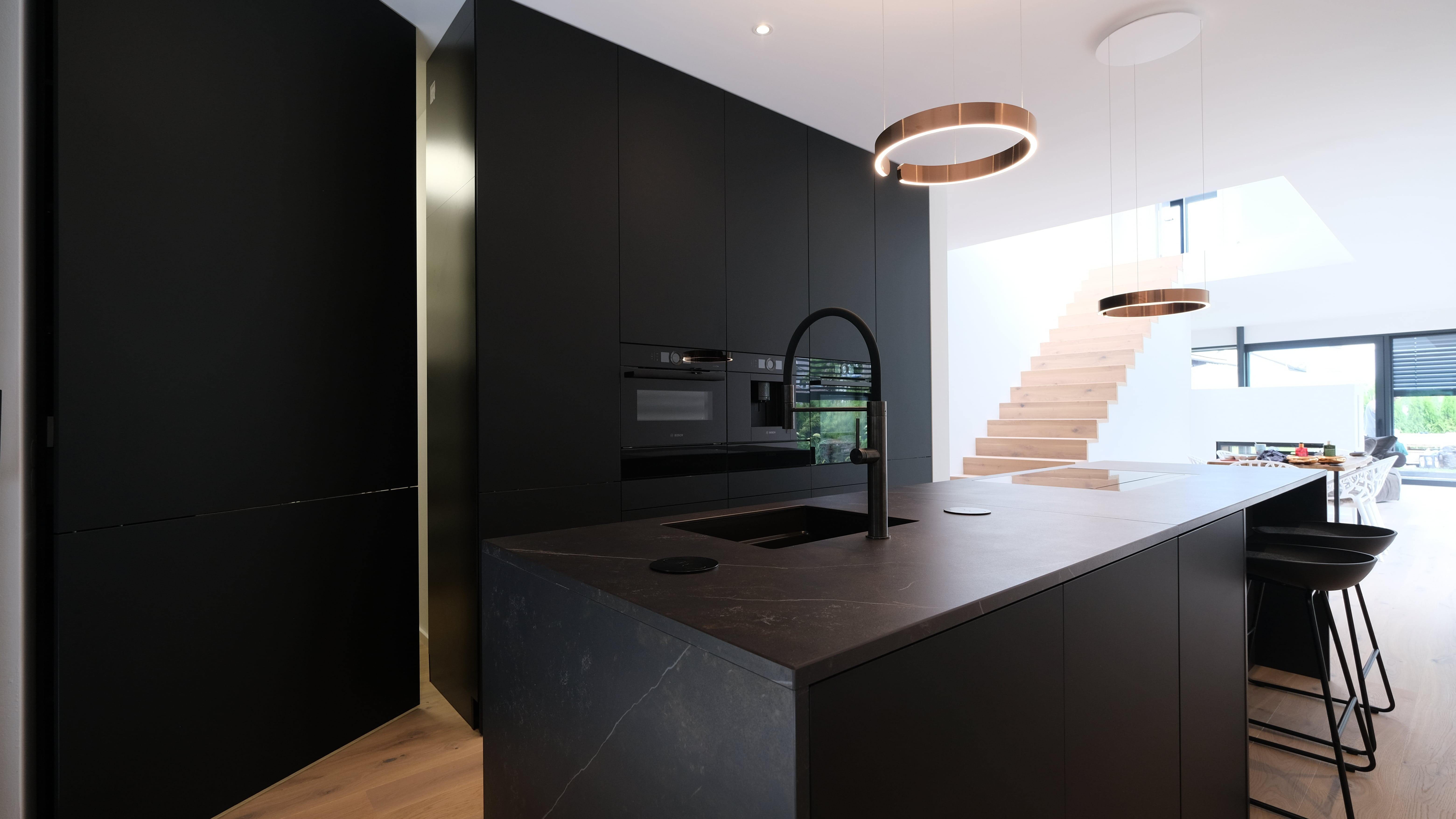 Küchenfarbe Schwarz