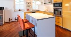 Küchenerweiterung mit Kochinsel